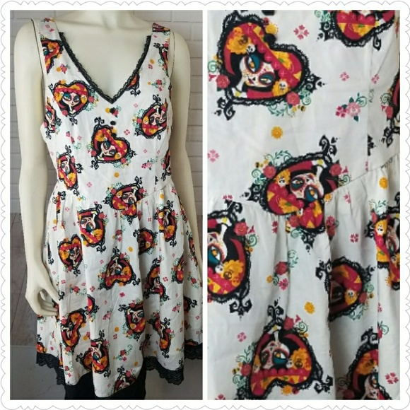 Hot Topic Dresses & Skirts - Halloween Dress by Hot Topic Size Large